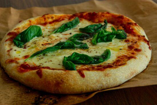 pizza margherita cu maia
